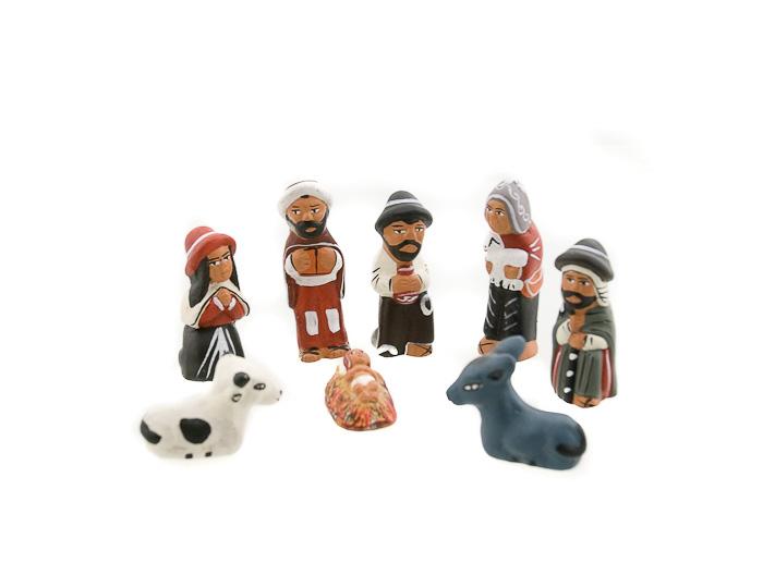 8 mini santons creche de noel du perou ceramique creches de noel santons artisanat et. Black Bedroom Furniture Sets. Home Design Ideas
