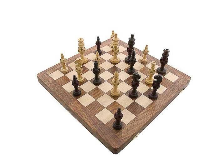 Echiquier jeu d 39 echecs bois jaune et de rose 35 x35 cm - Echiquier en bois fait main ...