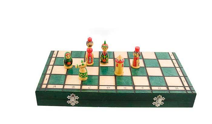 Echiquier jeu d 39 echecs bois babushka russie 40x40cm - Echiquier en bois fait main ...