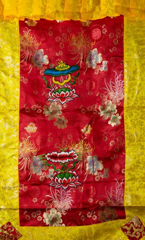 tenture de porte tibetaine brocart rouge broderie bouddhiste 188x90cm 25712. Black Bedroom Furniture Sets. Home Design Ideas