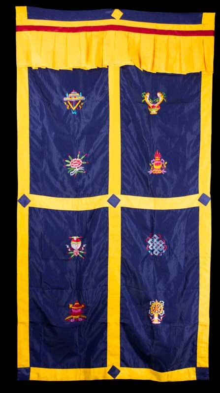 tenture de porte tibetaine bleu broderie symboles auspicieux 172x90cm 1037 c4. Black Bedroom Furniture Sets. Home Design Ideas