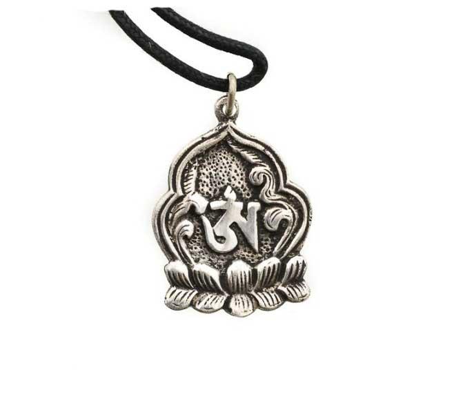 Pendentif fleur de lotus om bouddhisme tibetain en metal - Fleur de lotus bouddhisme ...