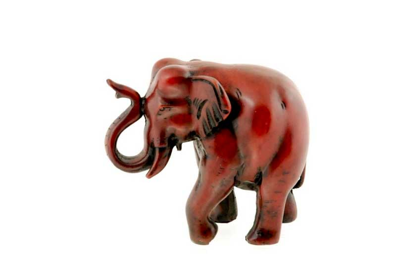 statue elephant trompe en l air en resine artisanat du nepal nep504. Black Bedroom Furniture Sets. Home Design Ideas