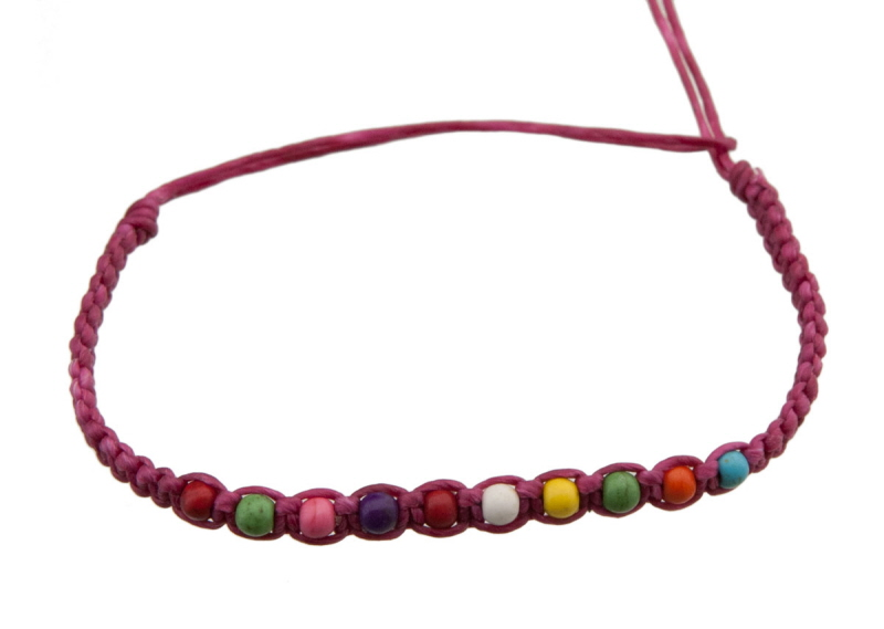 Bracelet bresilien rose fushia avec perles multicolores - Longueur fil bracelet bresilien ...