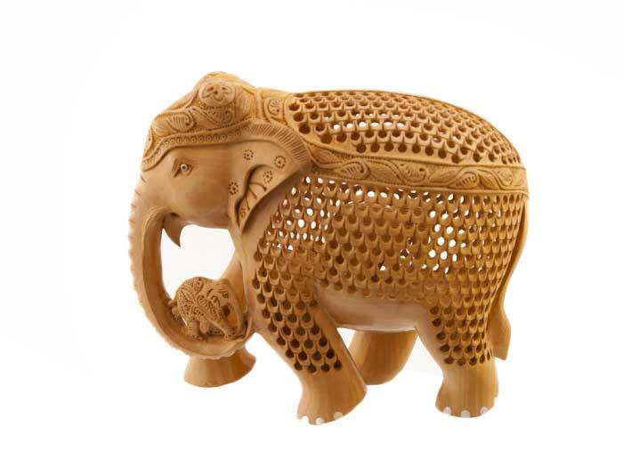 elephant bois sculpture indienne sur bois de kadam artisanat d 39 art indien. Black Bedroom Furniture Sets. Home Design Ideas