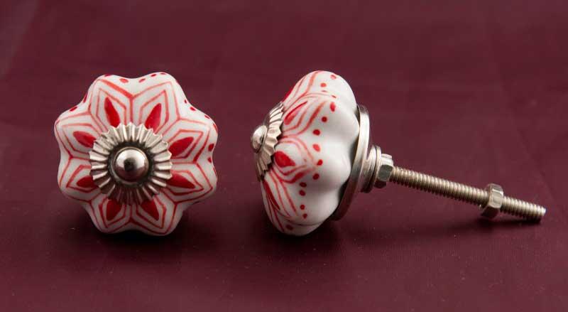 2 poign es boutons de porte tiroir de meuble en porcelaine rouge fleur 43mm 2918. Black Bedroom Furniture Sets. Home Design Ideas